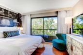 Avenue-of-the-Arts-Costa-Mesa-Hotel-Junior-Suite-Bedroom