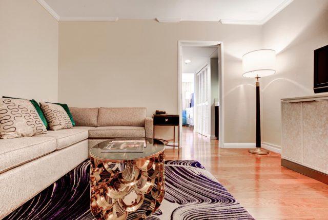 Junior Suite Living Room of Avenue of The Arts Costa Mesa