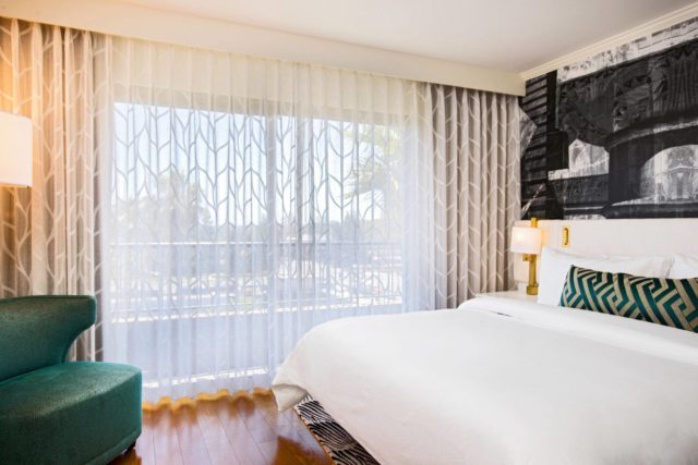 Costa-Mesa-Tribute-Hotel-Junior-Suite-Bedroom
