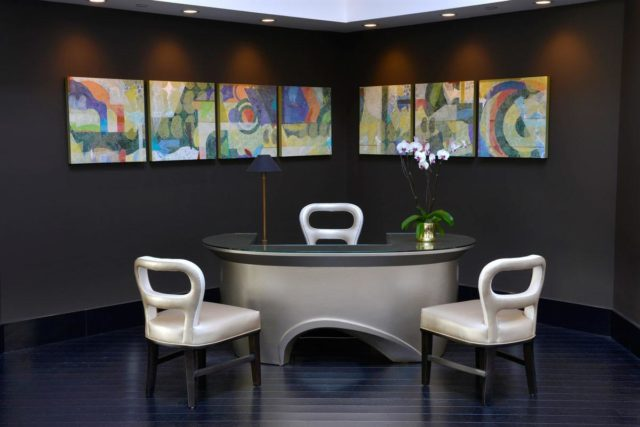 Concierge Desk of Avenue of The Arts Costa Mesa