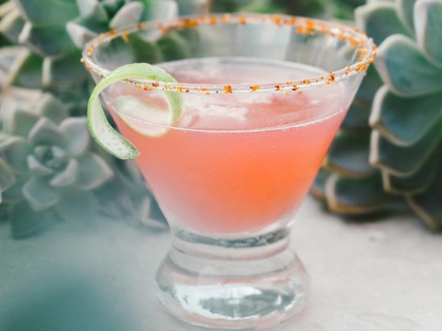 avenue-of-the-arts-costa-mesa-silver-trumpet-drink