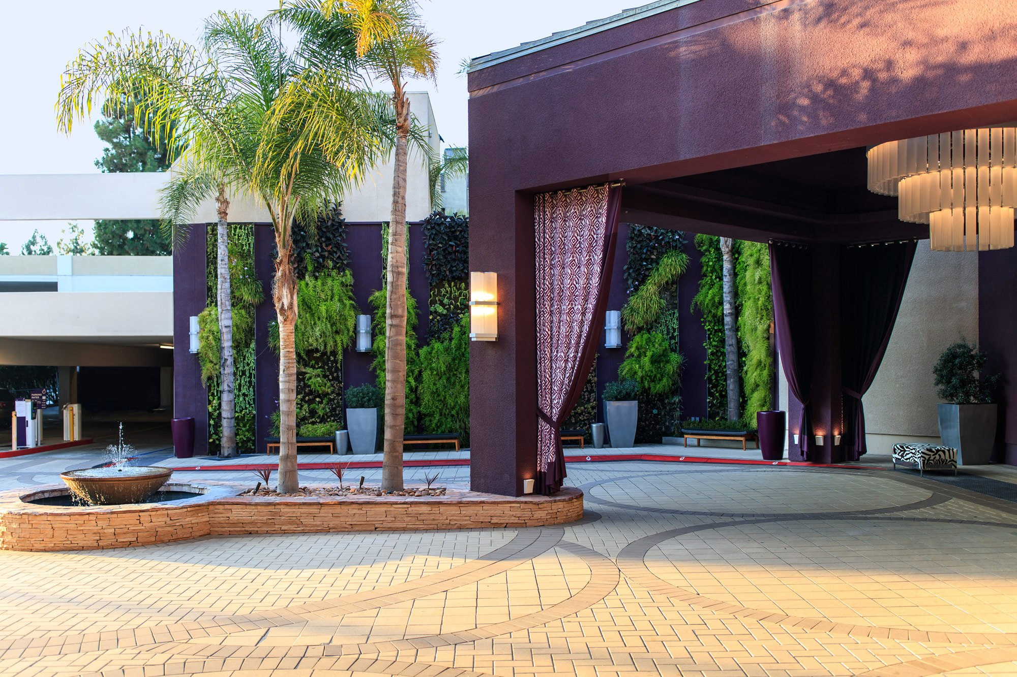 Port Cochere of Avenue of The Arts Costa Mesa