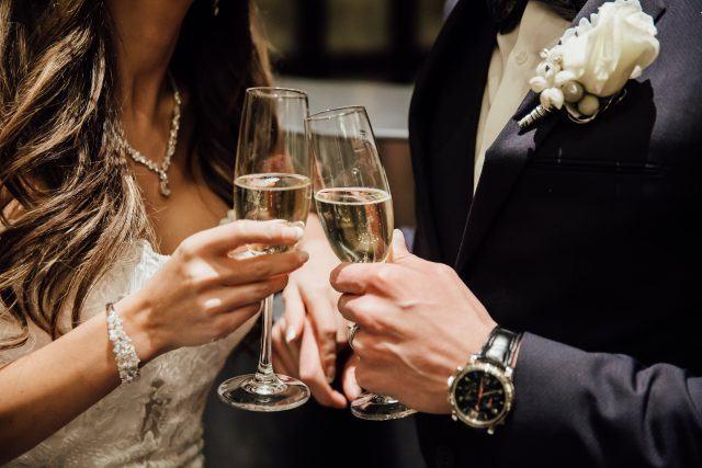 Bride & Groom Champagne Cheers