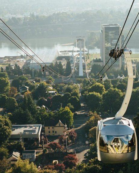 portland gondola overlooking the city
