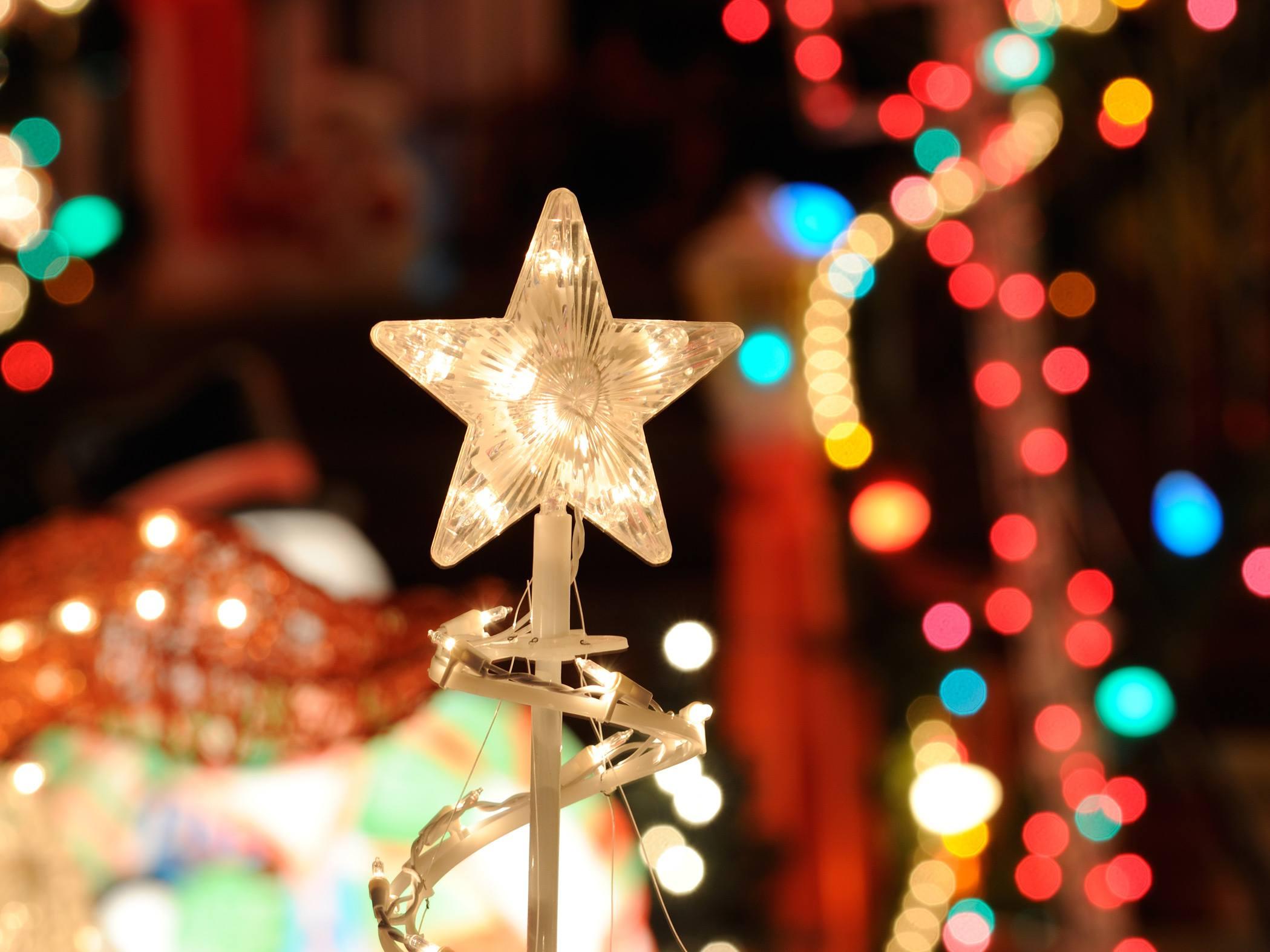 lighted star ornament for the portland christmas festival