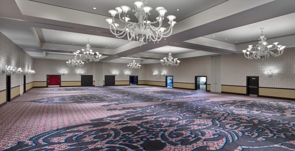 Spacious luxury event ballroom in portland