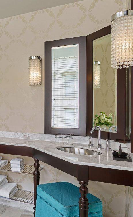 detail of the luxury bathroom finishes at the nines hotel