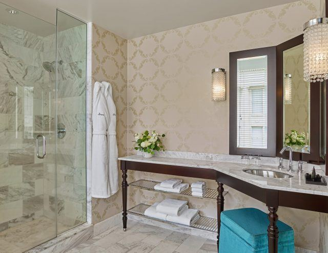 the-nines-hotel-portland-standard-bathroom
