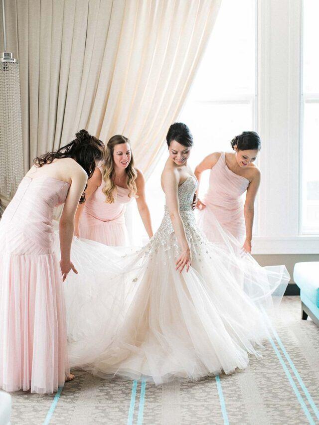 bridal party getting wedding ready