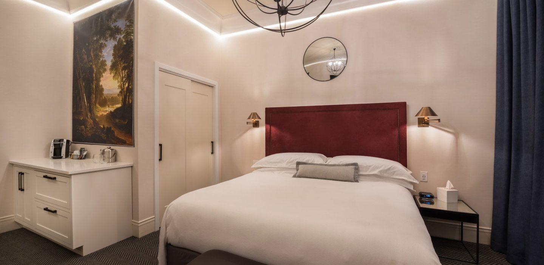 the-wick-hotel-tribute-portfolio-Hudson-Hotel-Guestroom