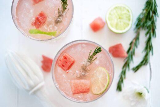 watermelon juice close-up photography