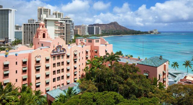 the-royal-hawaiian-a-luxury-collection-resort-lux376ex-191813-Historic-Building-Med