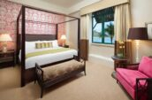 the-royal-hawaiian-a-luxury-collection-resort-lux376gr-153459-Royal-Hawaiian-Suite-Master-Bedroom-Med