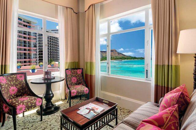 Royal-hawaiian-hotel-rooms-historic-ocean-jr-living
