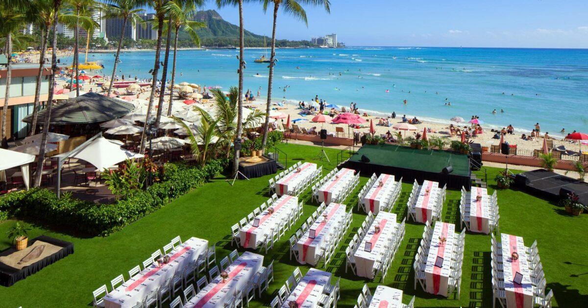Aha'aina Luau - Waikiki Luau | The Royal Hawaiian