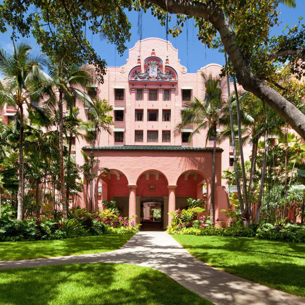 Parking Rates - Hotel Guest Parking | The Royal Hawaiian