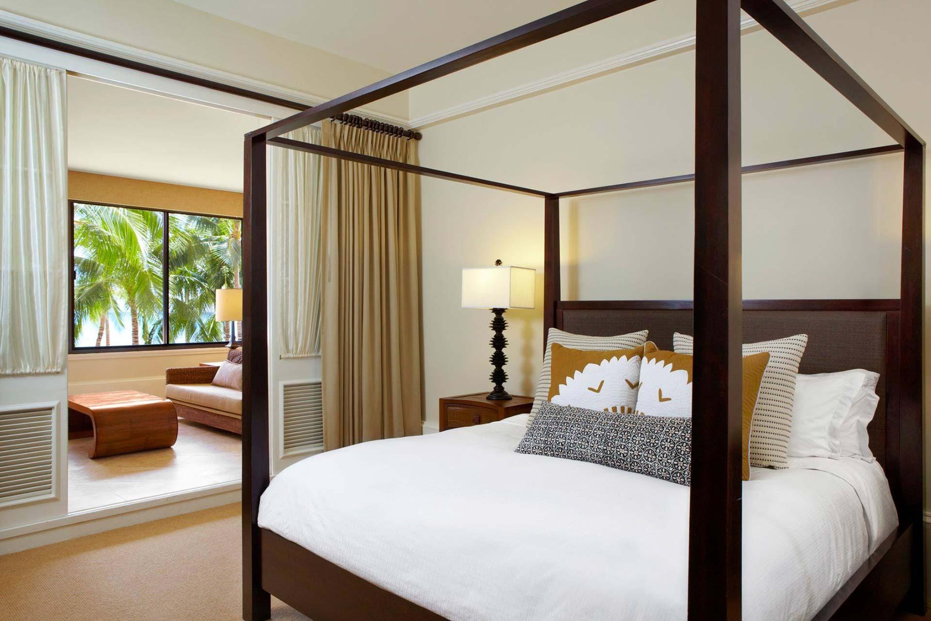 lux376gr-113141-royal-hawaiian-hotel-rooms-Queen-Kaahumanu-Suite-Master-Bedroom-Med