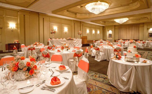 lux376ls-156154-royal-hawaiian-hotel-meetings-Regency-Room-Med