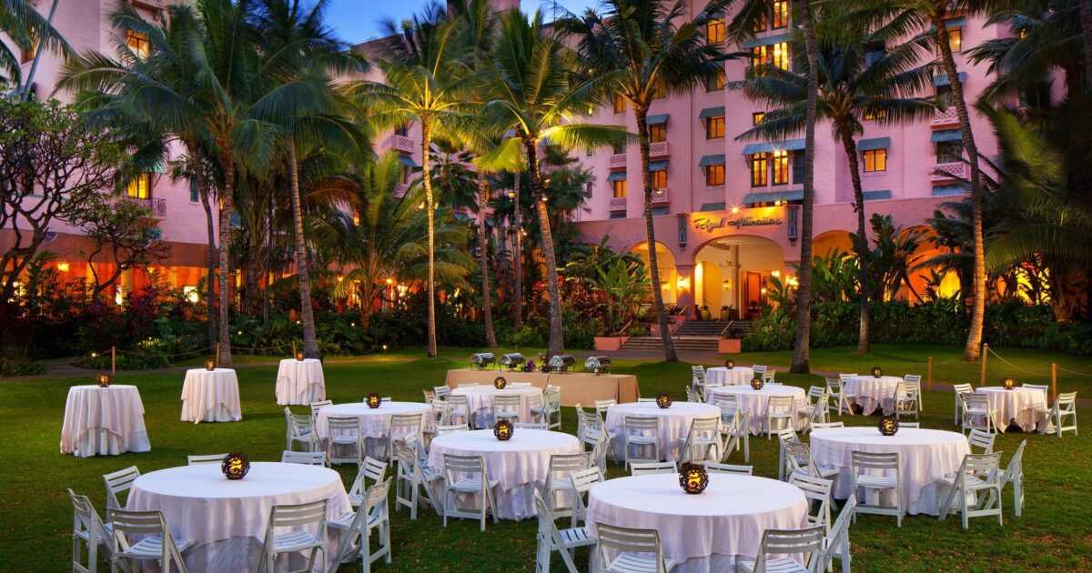 Waikiki Wedding Qa Questions And Answers The Royal Hawaiian