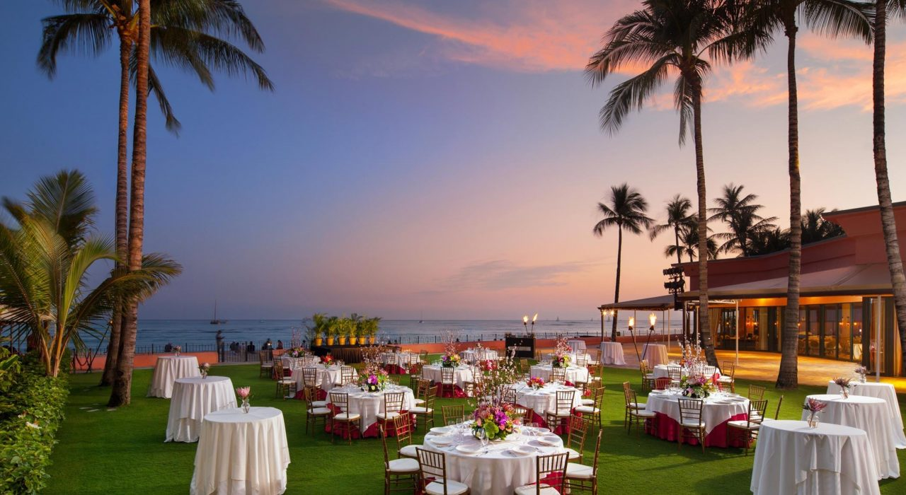 lux376mf-210655-royal-hawaiian-hotel-meetings-Ocean-Lawn-Med