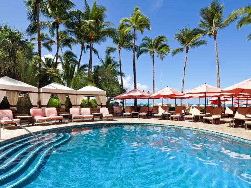 Waikiki Hotel Pool Waikiki Umbrella Rental The Royal Hawaiian