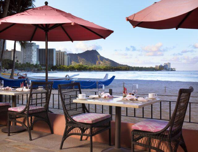 lux376re-124831-Royal-Hawaiian-Surf-Lanai-Restaurant-Med