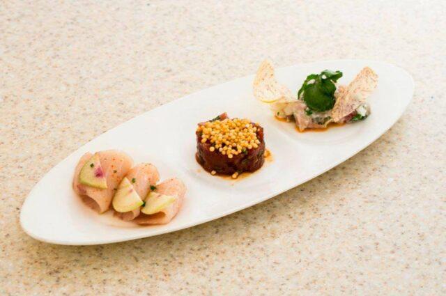 royal-hawaiian-hotel-dining-in-room-order-all-day-dining