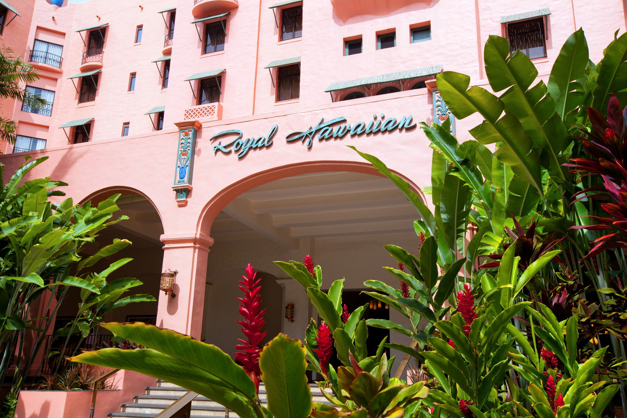 Royal Hawaiian Entrance with Lush Plants