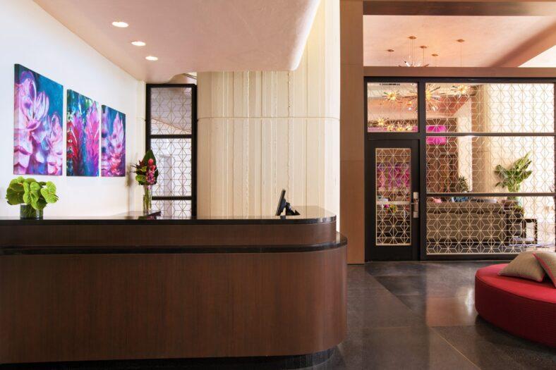Mailani Lounge Check-in area