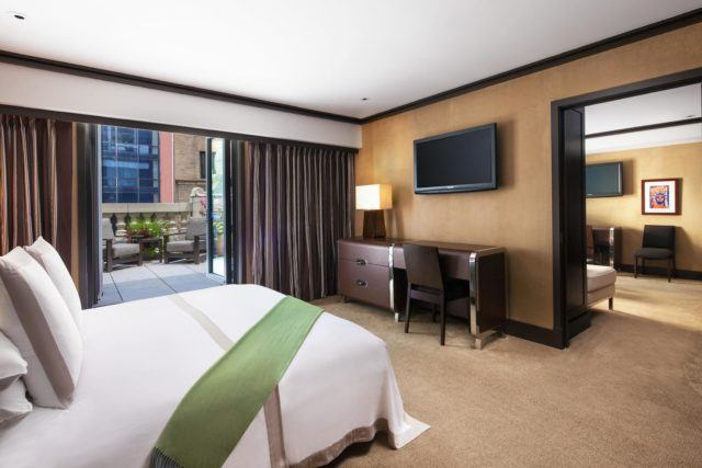 The-Chatwal-Luxury-Collection-Hotel-New-York-Chatwal-Suite-Bedroom