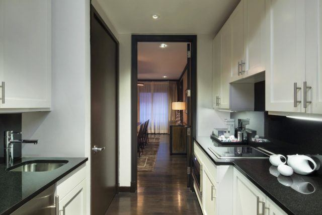 The-Chatwal-Luxury-Collection-Hotel-New-York-Directors-Suite-Kitchen