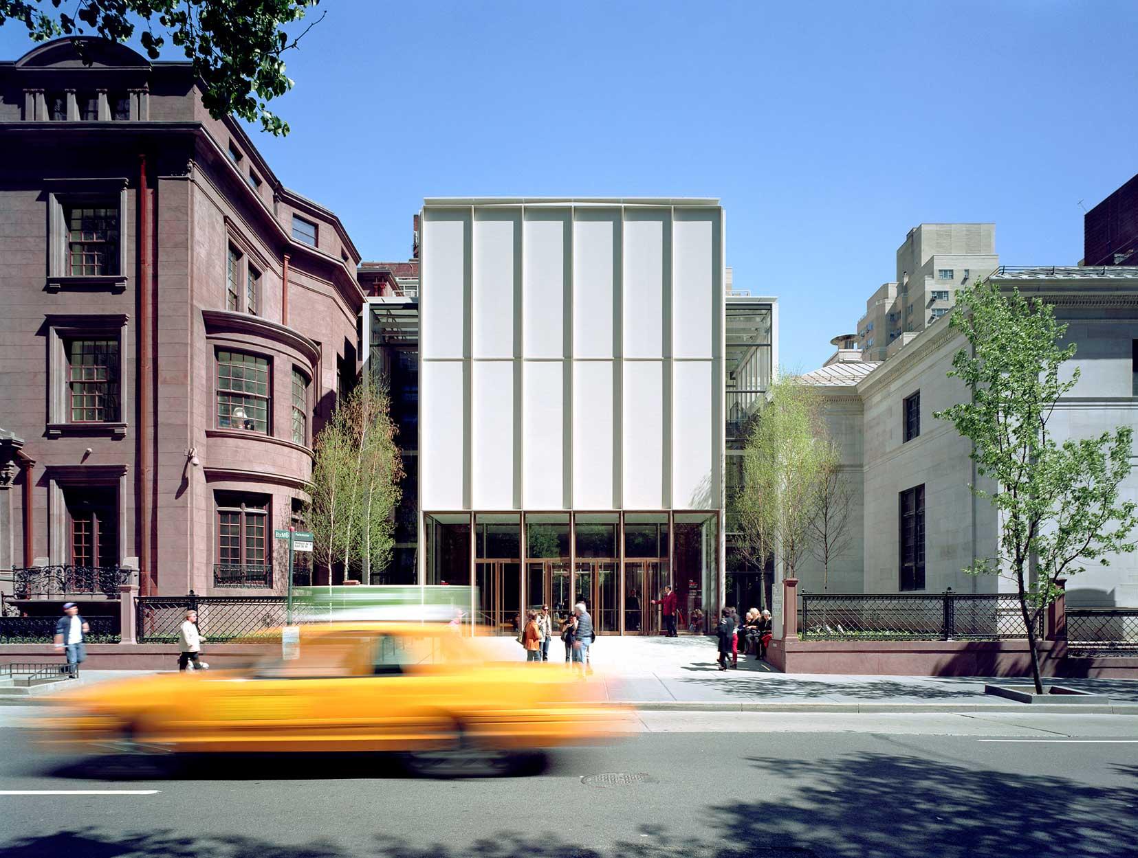 Morgan-Library-New-York-Facade-with-Taxi-Daytime