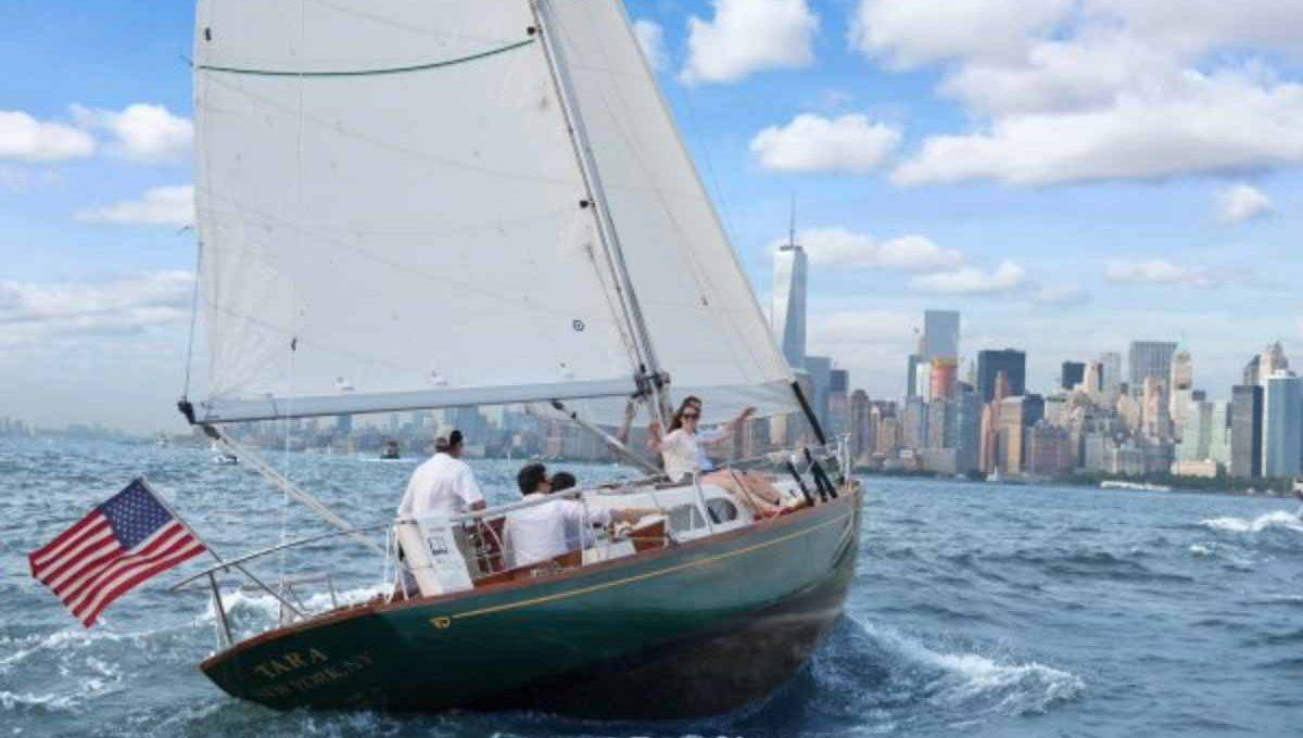 private sailing trip in manhattan - new york experience | the chatwal