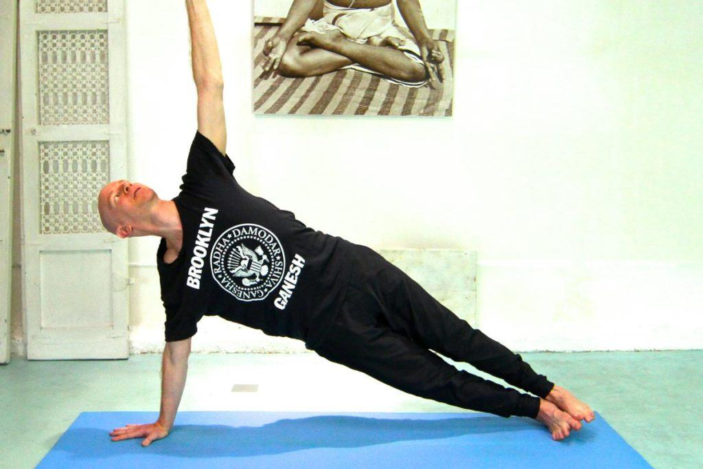 Eddie Stern demonstrating Yoga