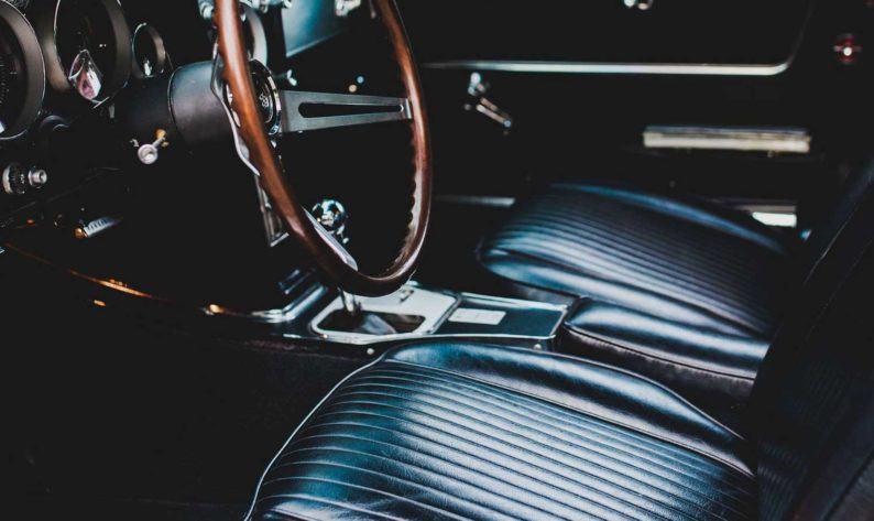 black vehicle seats