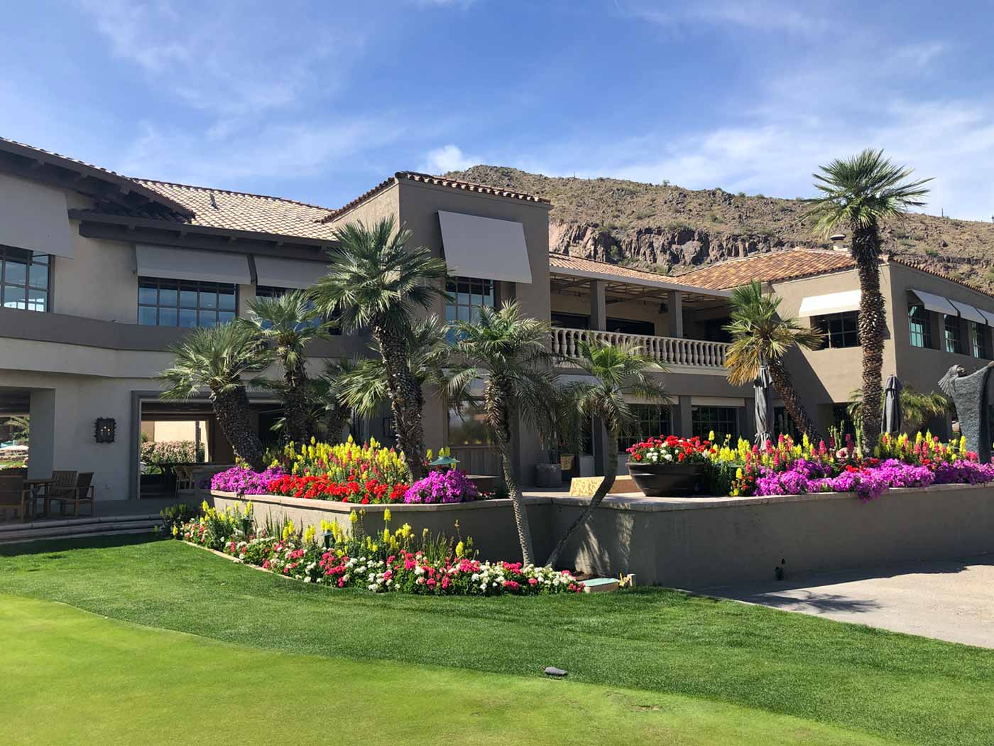 19th Hole restaurant at The Phoenician Golf Course