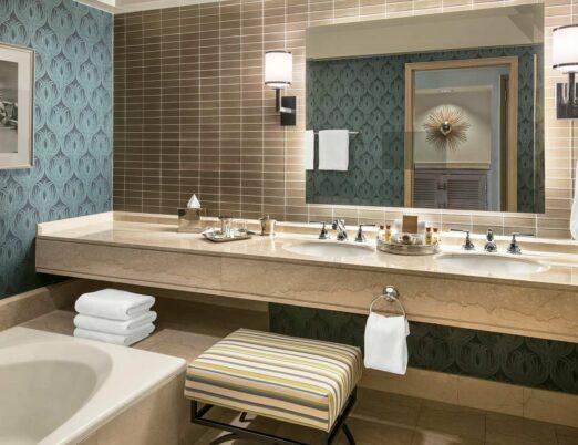Deluxe One Bedroom Executive Suite - Bathroom
