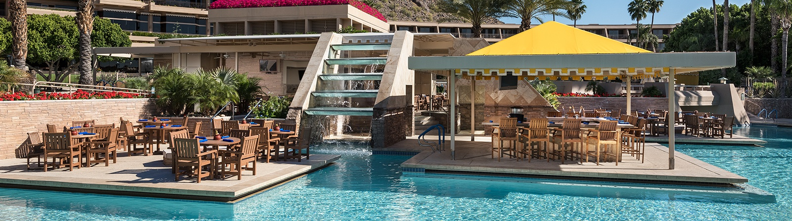 Phoenician_Oasis-Pool-Grill